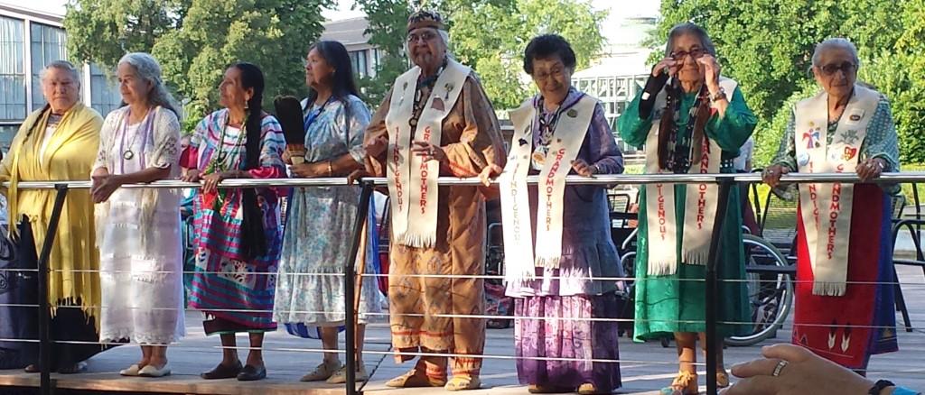 Treffen der 13 indigenen Großmütter in Karlsruhe 2013